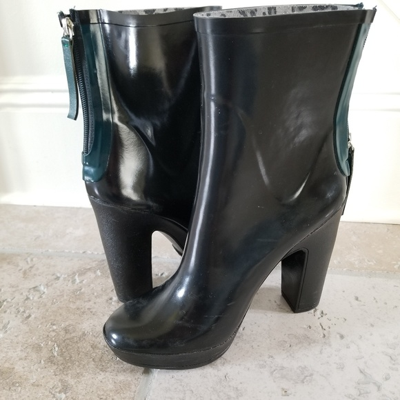 Zara Shoes - Zara Block Heel Rain Boots